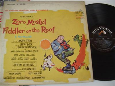 FIDDLER ON THE ROOF - ZERO MOSTEL - RCA { 358
