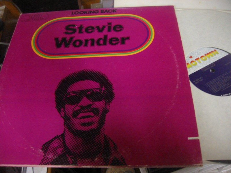STEVIE WONDER - LOOKING BACK - MOTOWN UK 1970S 3LP