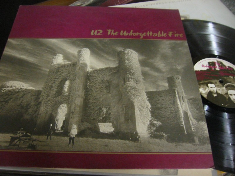 U2 - THE UNFORGETTABLE FIRE - ISLAND UK 1984