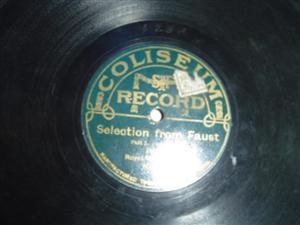 ROYAL MILITARY BAND - FAUST SELECTIONS - COLISEUM { 395