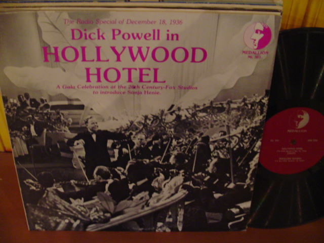 HOLLYWOOD HOTEL - DICK POWELL - RADIO 1936 - MEDALLION