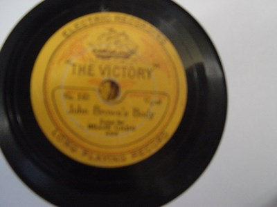 Victory Records 142 - Leslie Sarony / Billie Gadd