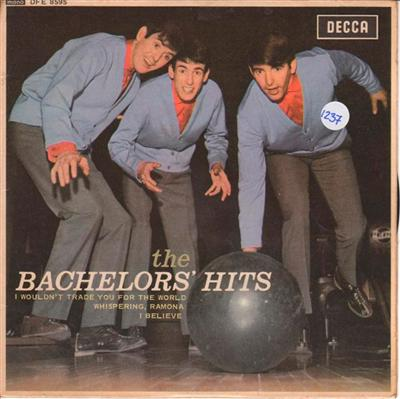 EP - THE BACHELORS - DECCA DFE 8595 { 1237
