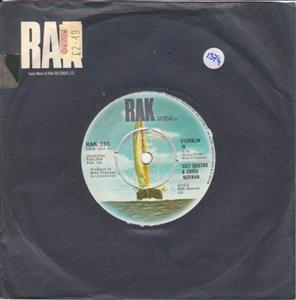 SUZI QUATRO & CHRIS NORMAN - STUMBLIN IN - RAK 1374