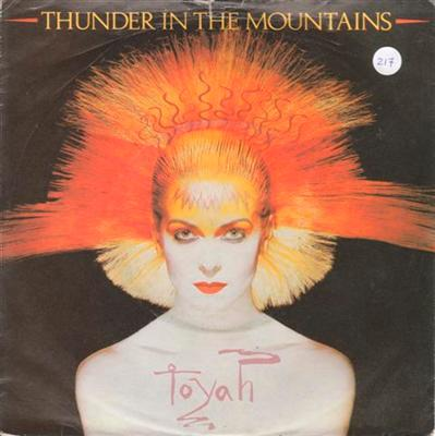 TOYAH - THUNDER IN THE MOUNTAINS { 217