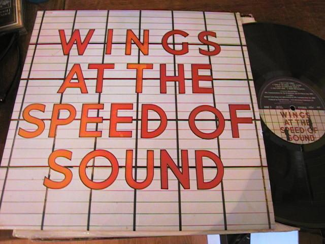 PAUL McCARTNEY WINGS - SPEED SOUND - CAPITOL { 245