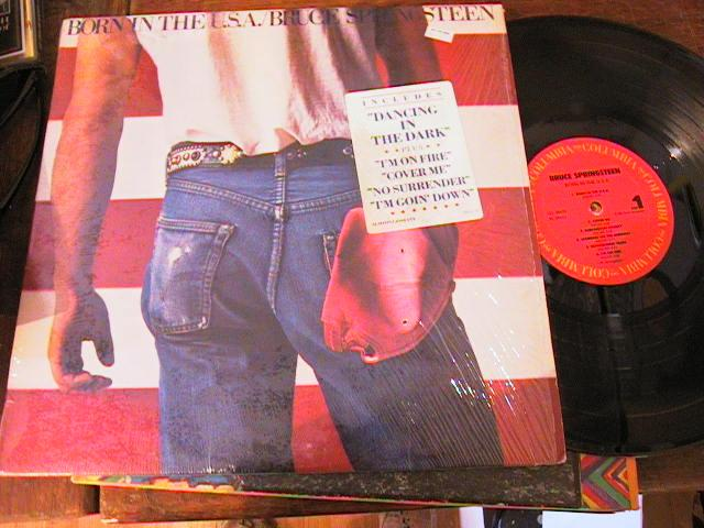 BRUCE SPRINGSTEEN - BORN IN USA - COLUMBIA { AF 229