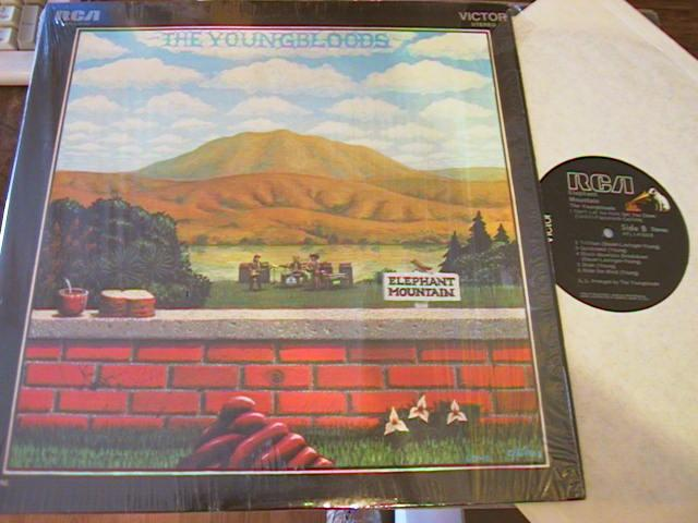 YOUNGBLOODS - ELEPHANT MOUNTAIN - RCA { AF 274