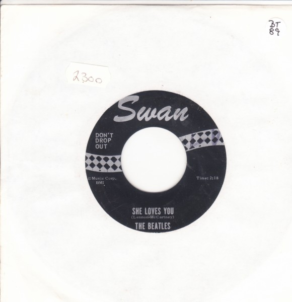 THE BEATLES - SHE LOVES YOU - USA SWAN S 4152 { 2300