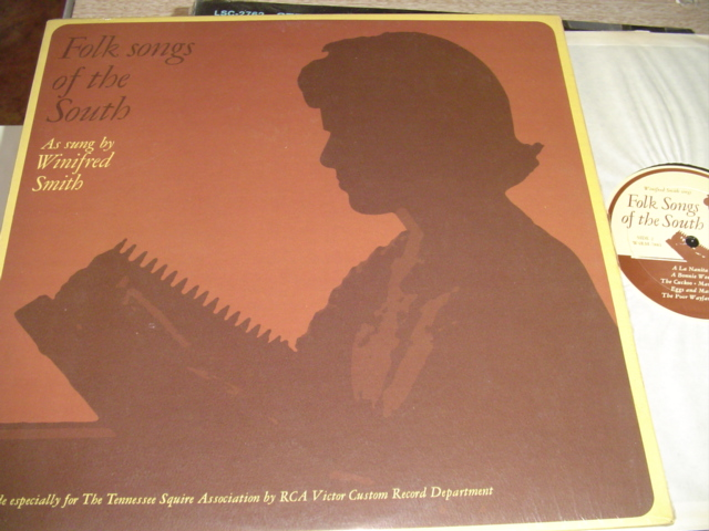 WINIFRED SMITH - FOLK SONGS SOUTH - TENNESSEE - { R 303