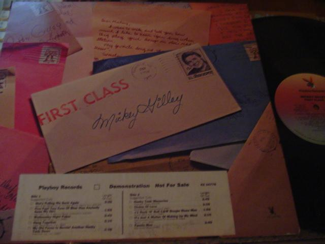MICKEY GILLEY - FIRST CLASS - PLAYBOY RECORDS { C1