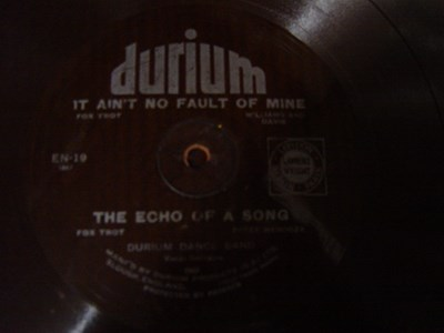 Durium Dance Band - Echo of a song - Durium EN 19 Flexidisc
