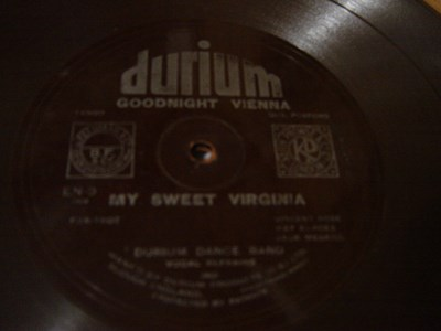 Durium Dance Band - Goodnight Vienna - Durium EN 9 Flexidisc