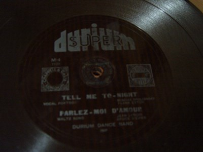 Durium Dance Band - Tell me tonight - Durium M-4 Flexidisc