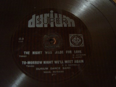 Durium Dance Band - The night was made - Durium O-3 Flexidisc