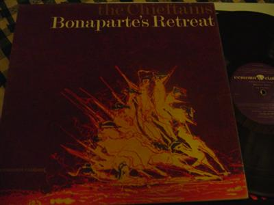 THE CHIEFTAINS - BONAPARTES RETREAT - CLADDAGH { 262