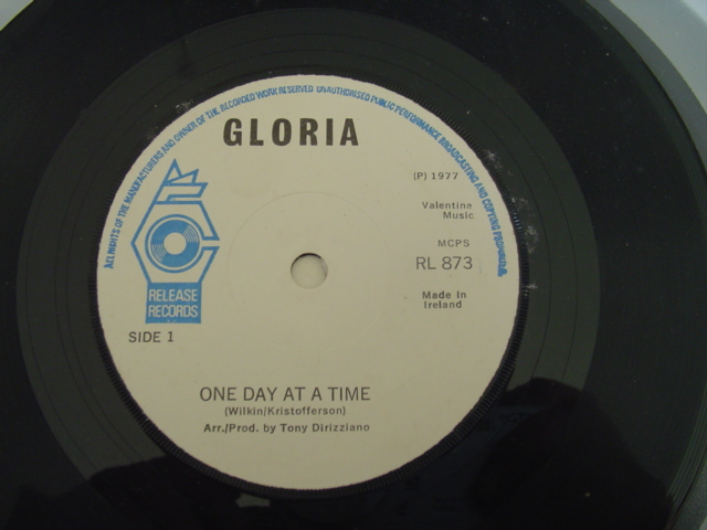 RL 0873 - GLORIA - ONE DAY AT A TIME - RELEASE RL 873