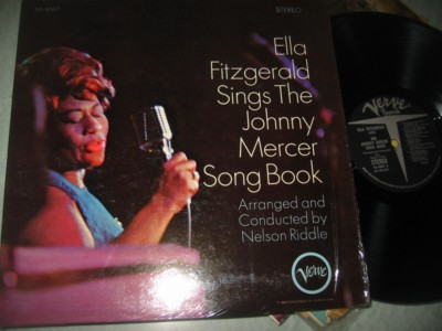 ELLA FITZGERALD - JOHNNY MERCER SONGBOOK { J 984