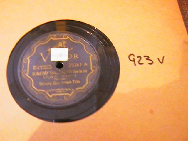 BENNY GOODMAN VICTOR SCROLL 25181 - { 923V