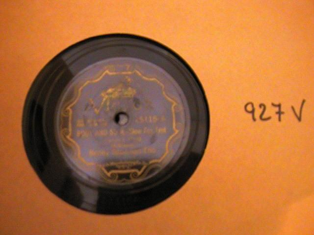 BENNY GOODMAN VICTOR SCROLL 25115 - { 927V