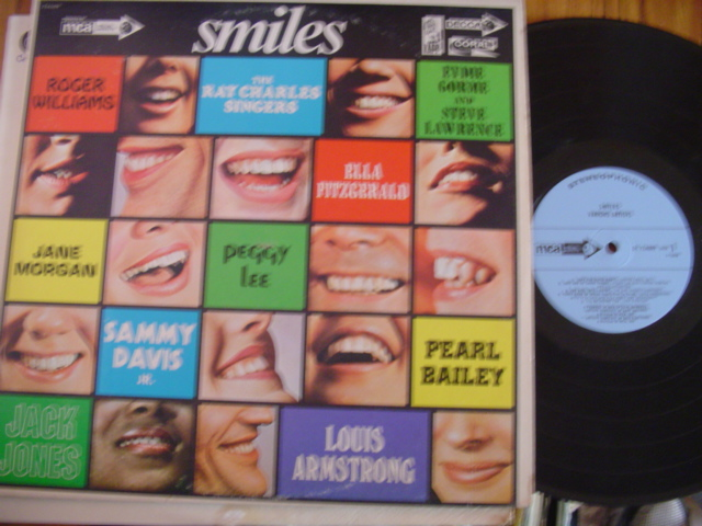 VARIOUS - SMILES - PEGGY LEE, PEARL BAILEY ec t - MCA