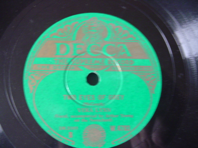 VERA LYNN - BELLS OF St MARYS - DECCA IRISH PRESS