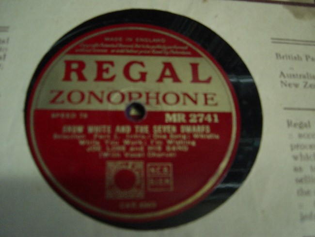 Joe Loss - Snow White & Seven Dwarfs - Regal MR 2741