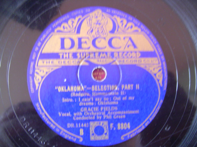 GRACIE FIELDS - OKLAHOMA - DECCA