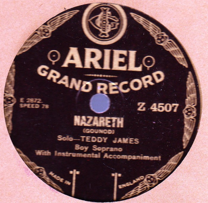 Teddy James Boy Soprano - Nazareth - Ariel Grand Z 4507