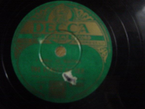 The Street Singer - Somewhere in France with You - Decca W.4560
