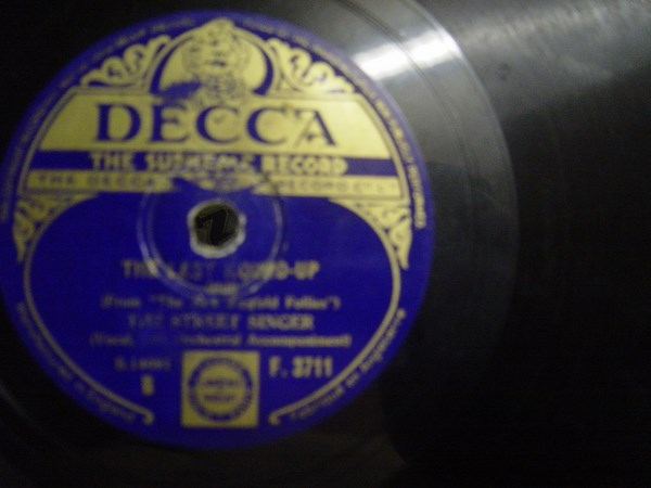 The Street Singer - Just a year ago tonight - Decca F.3711 UK