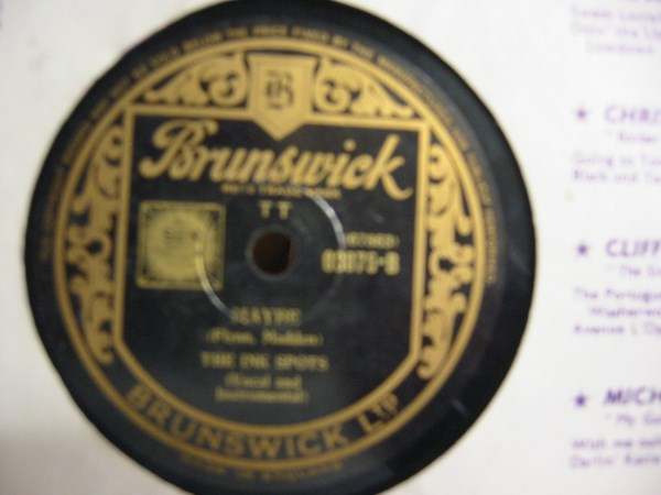 Ink Spots - Whispering Grass - Brunswick E. 03075 Irish