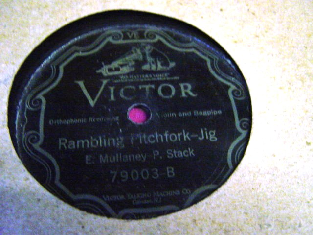E. Mullaney & P. Stack - Jig & Reel - Victor 79003 USA