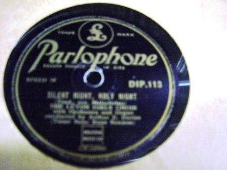 Luton Girls Choir - The Holy Child - Parlophone DIP 113