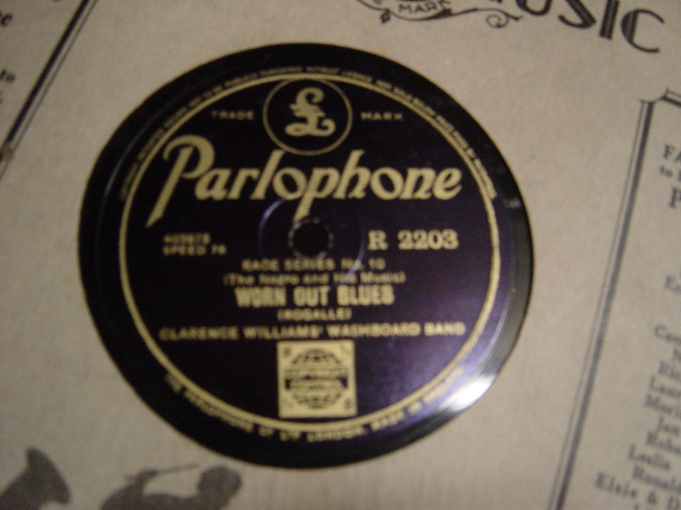 Clarence Williams - Worn Out Blues - Parlophone R.2203