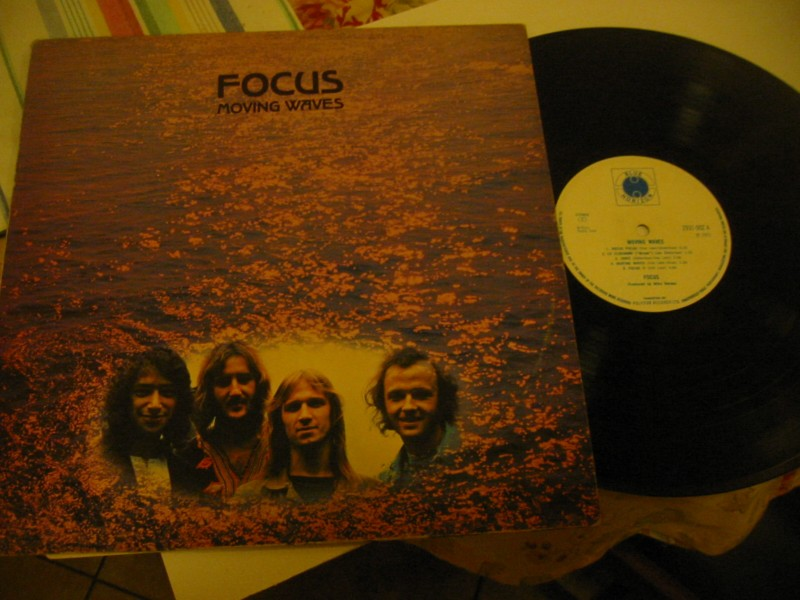 FOCUS - MOVING WAVES - BLUE HORIZON UK 1971