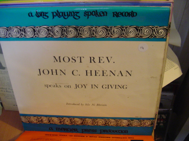 MER 13 - REV JOHN HEENAN - MERCIER PRESS - 14