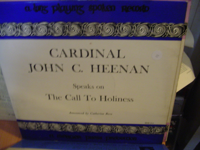 MER 21 - REV CARDINAL JOHN HEENAN - MERCIER PRESS - 11