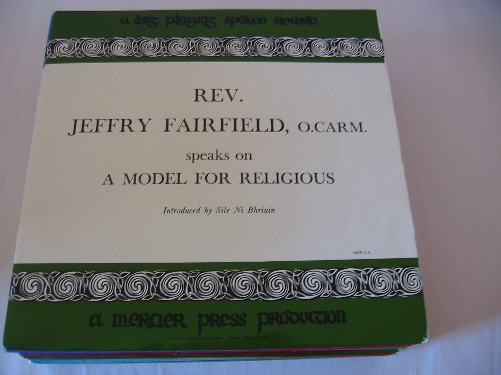 MER 31 - Jeffry Fairfield & James Freeman - Mercier Press