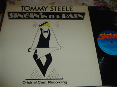 SINGIN IN THE RAIN - TOMMY STEELE - SAFARI { 279
