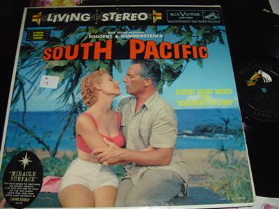 SOUTH PACIFIC - RODGERS & HAMMERSTEIN - RCA 222
