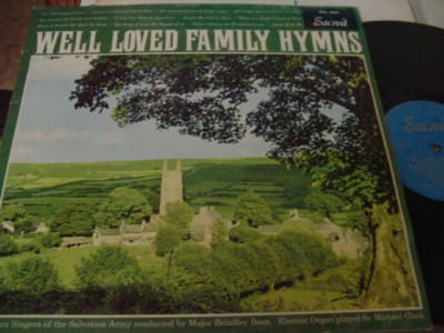 SOUTHERN SINGERS - WELL LOVED FAMILY HYMNS - SACRED { 1112