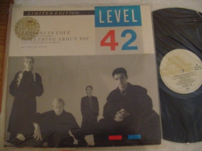 "LEVEL 42 - LESSONS IN LOVE 12"" - POLYDOR { 826"
