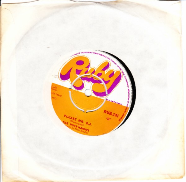 RUB 141 - The Hoot'nannys - Nelly Kelly - Ruby Records