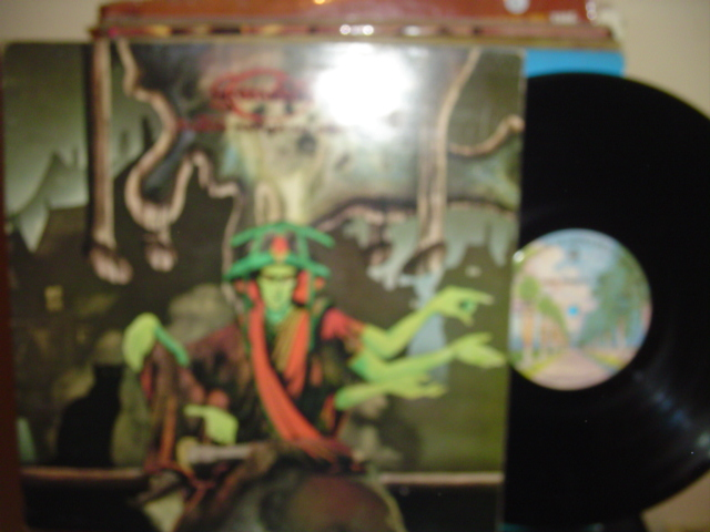 GREENSLADE - BEDSIDE MANNERS - WARNER BROS { Z 57